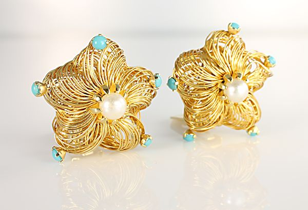 Hattie Carnegie turquoise flower Earrings