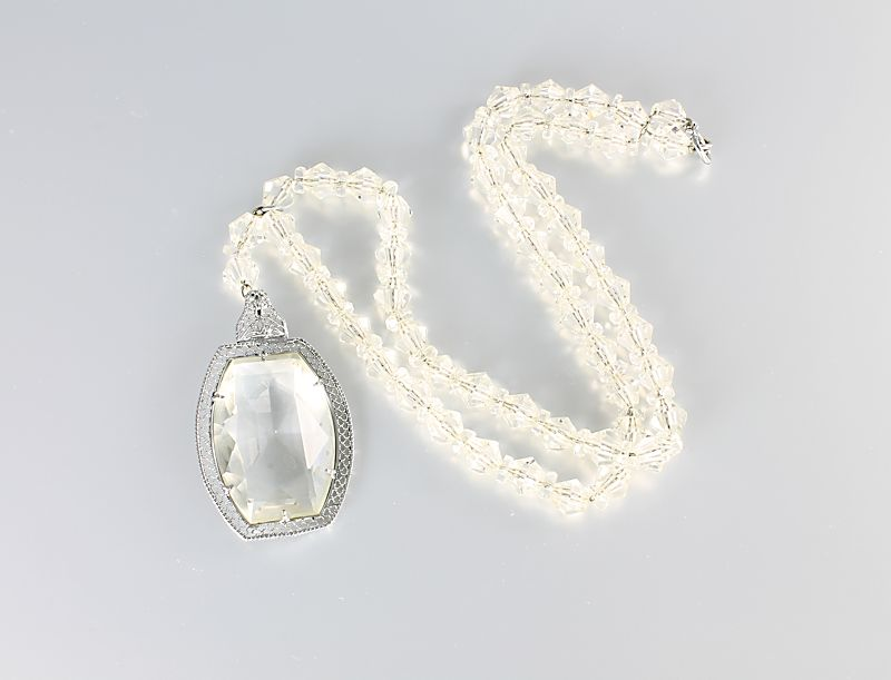 Art Deco Crystal Necklace Lavalier rhodium filigree negligee