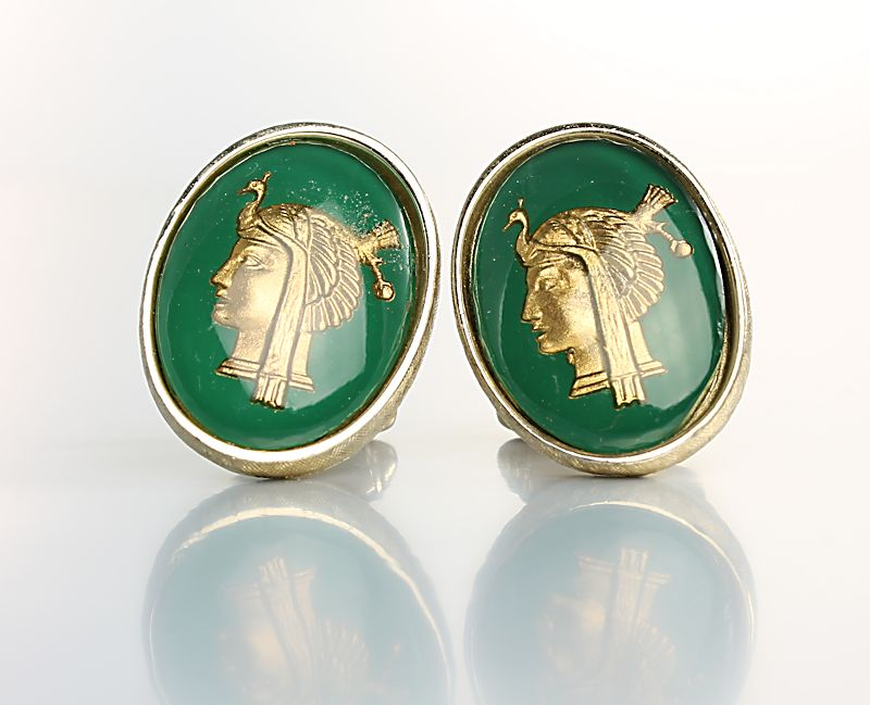 Hera Goddess vintage Cufflinks Green Lucite signed Shield