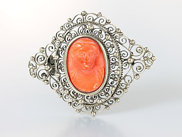 Antique Georgian Dutch coral Cameo Brooch