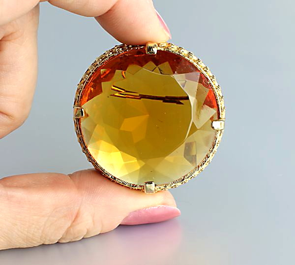 Vintage Brooch signed Sphinx Amber glass