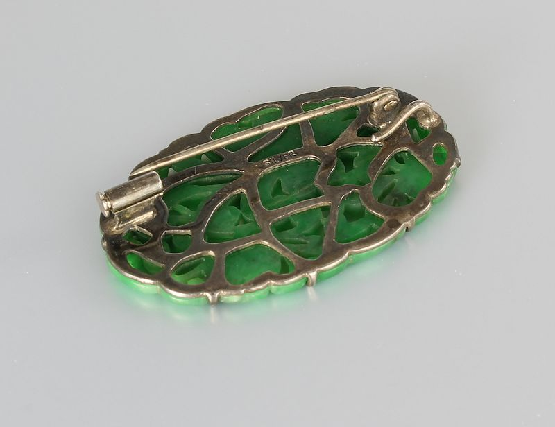 Antique Chinese carved Jade Pendant Brooch in sterling silver