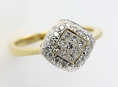 Invisible set Diamond Princess cut 18K gold Ring