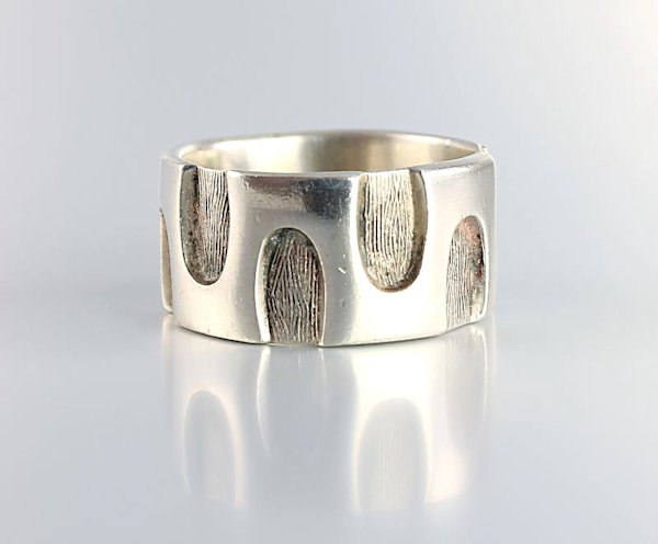 Bell Trading Post sterling silver Ring Modernist design