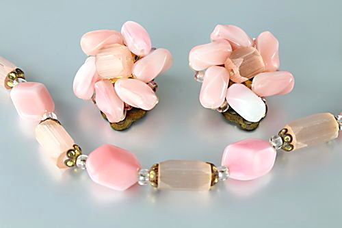 Vintage Czech Pink Satin glass Necklace Earrings set