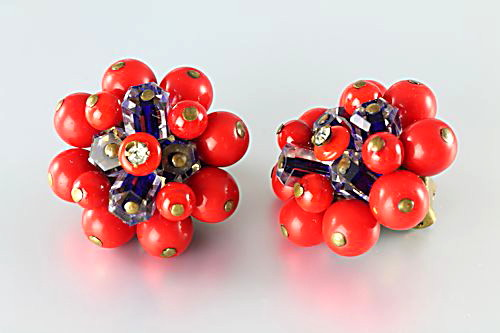 Vintage Red glass cluster Earrings Flower 1940s jewelry